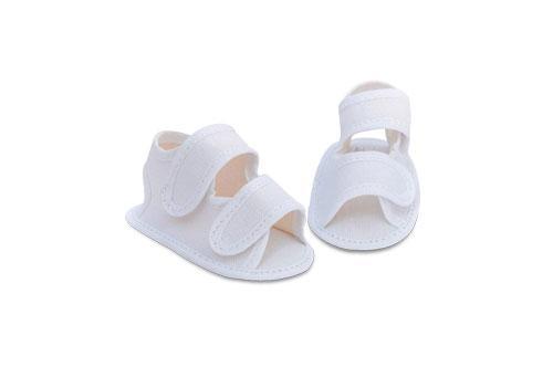 Sandalia de Bebé de Lona Blanca